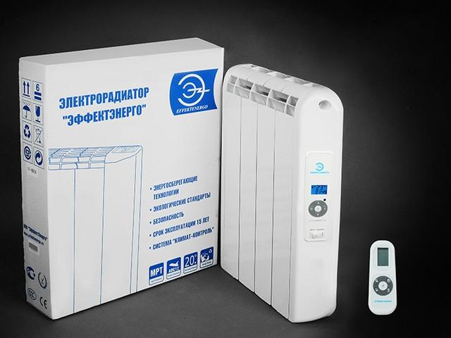 Электрический радиатор с пультом дистанционного управления.